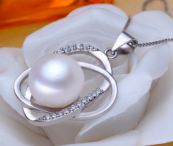 ellipse-pearl-zirconia-sterling-silver-pendant-necklace