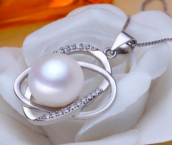 ellipse-pearl-zirconia-sterling-silver-pendant-necklace