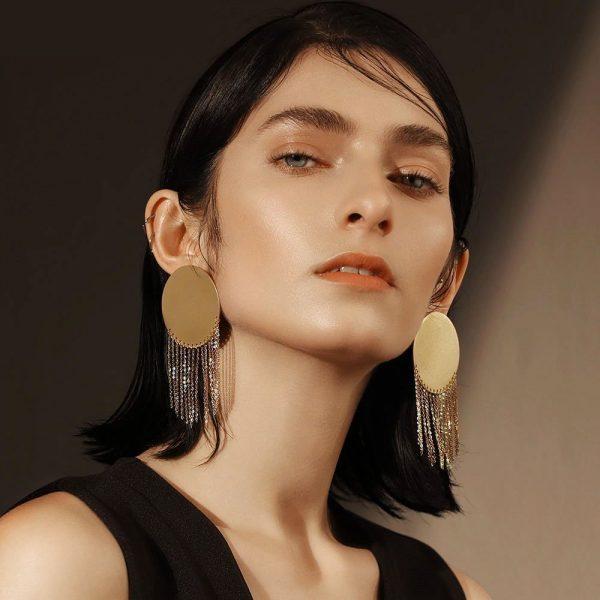 gold-disc-earrings