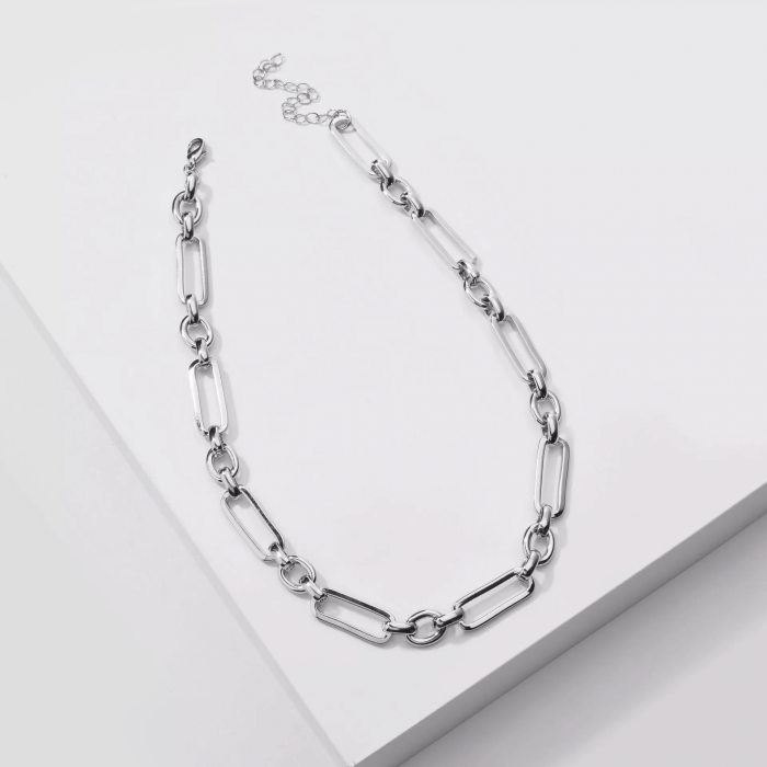 silver-chunky-chain-necklace